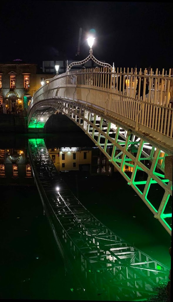 Ha'penny Bridge Liffey Dublin Ireland Irlanti
