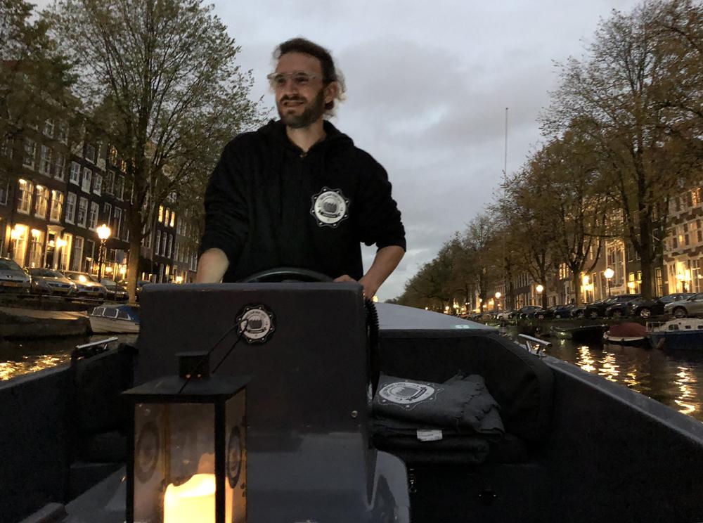 Amsterdam kanavaristeily