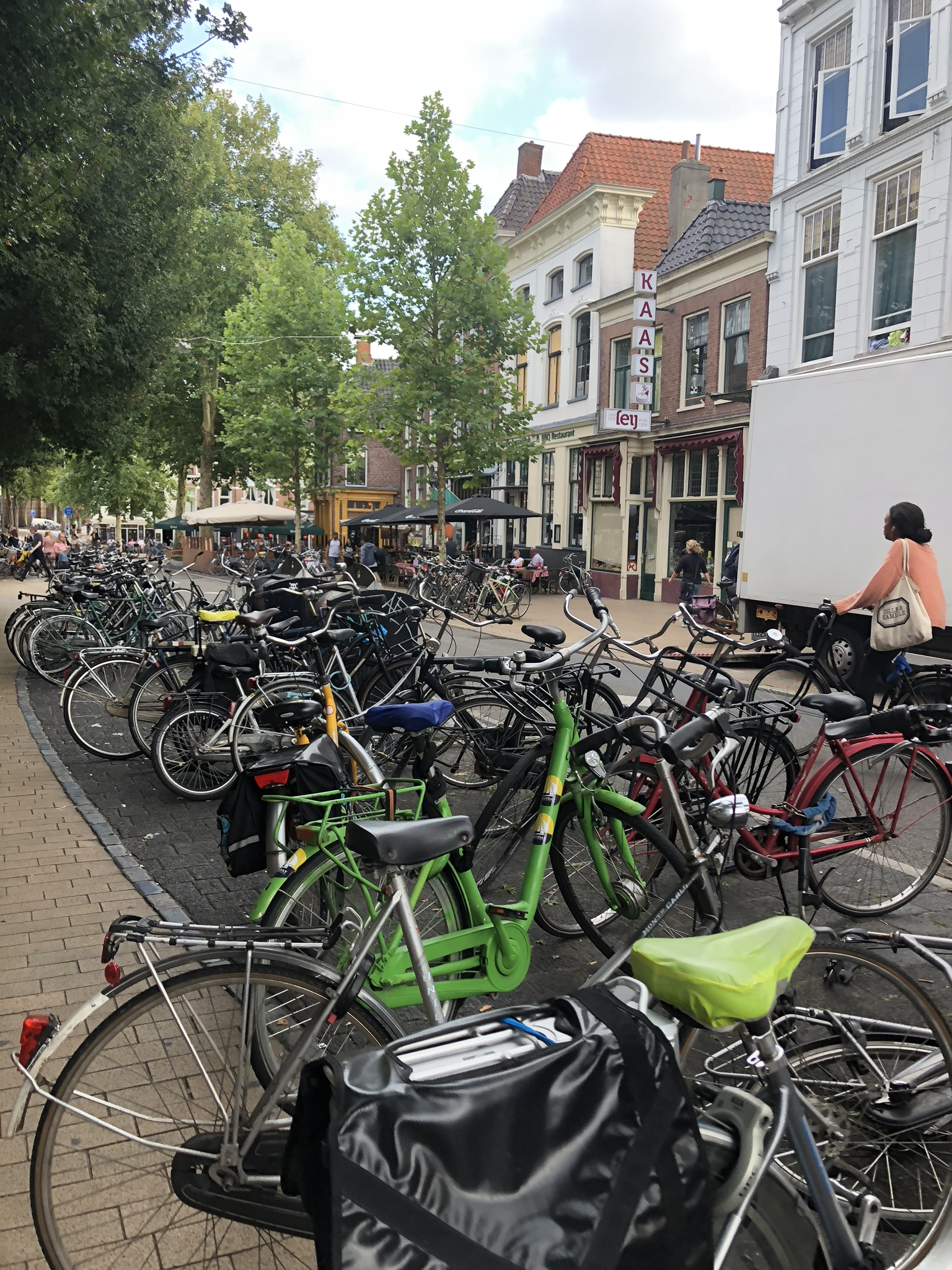 Polkupyöriä Groningenissa
