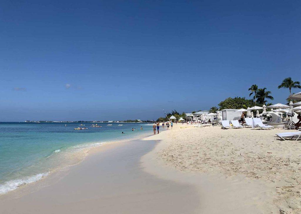 Caymansaaret Seven Mile Beach