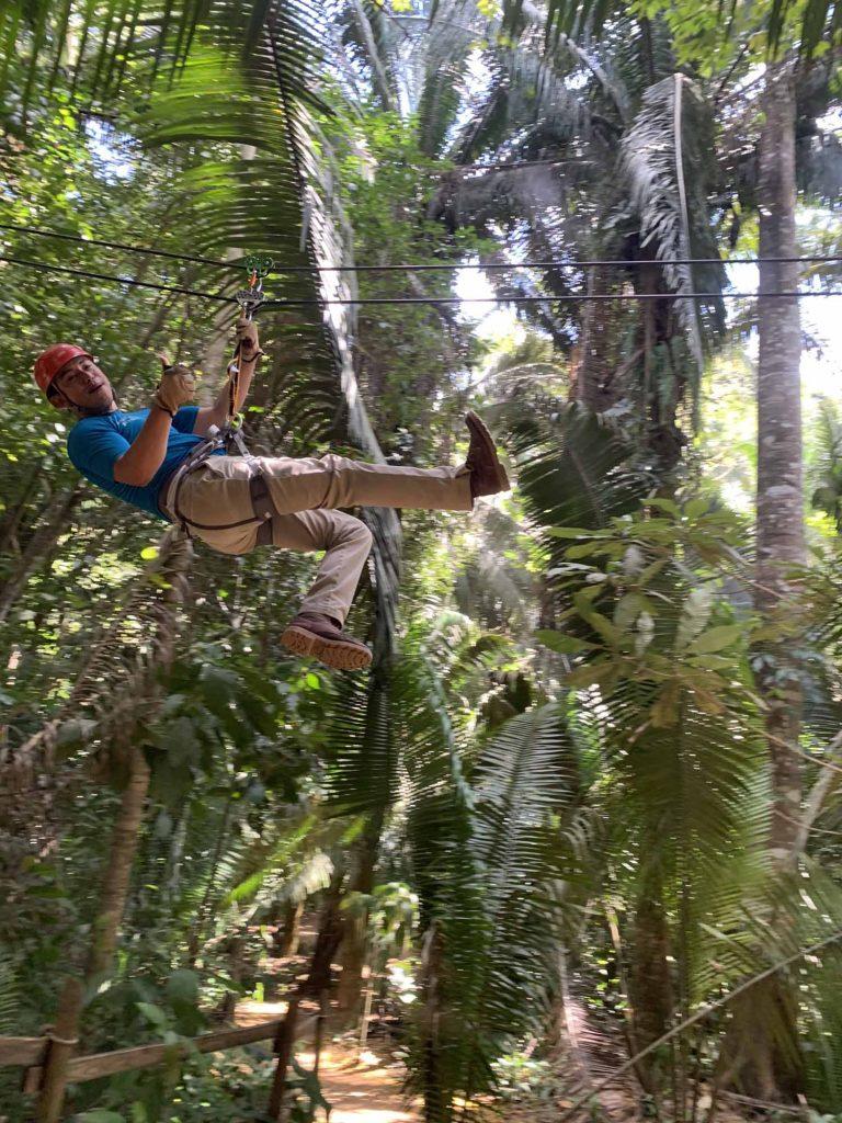 zipline-opas viidakossa
