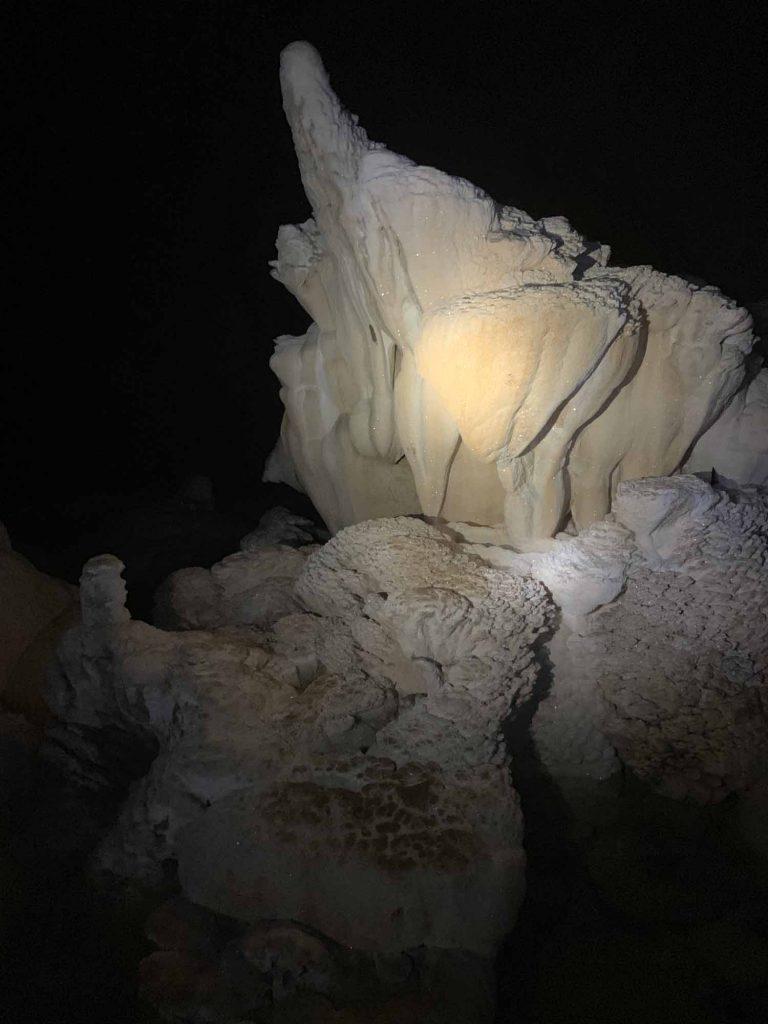 Luolaseikkailu ja zipline Belizessä 9