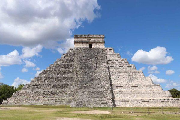 Chichén Itzá El Castillo Temple of Kukulcan