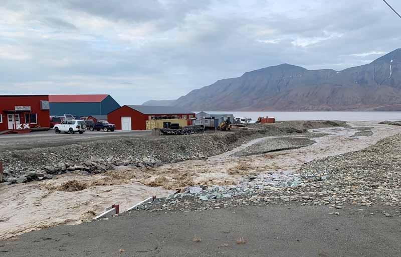 Huippuvuoret, Longyearbyen 5