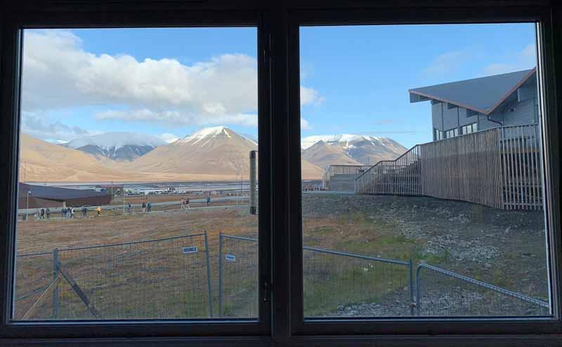 Huippuvuoret, Longyearbyen 12