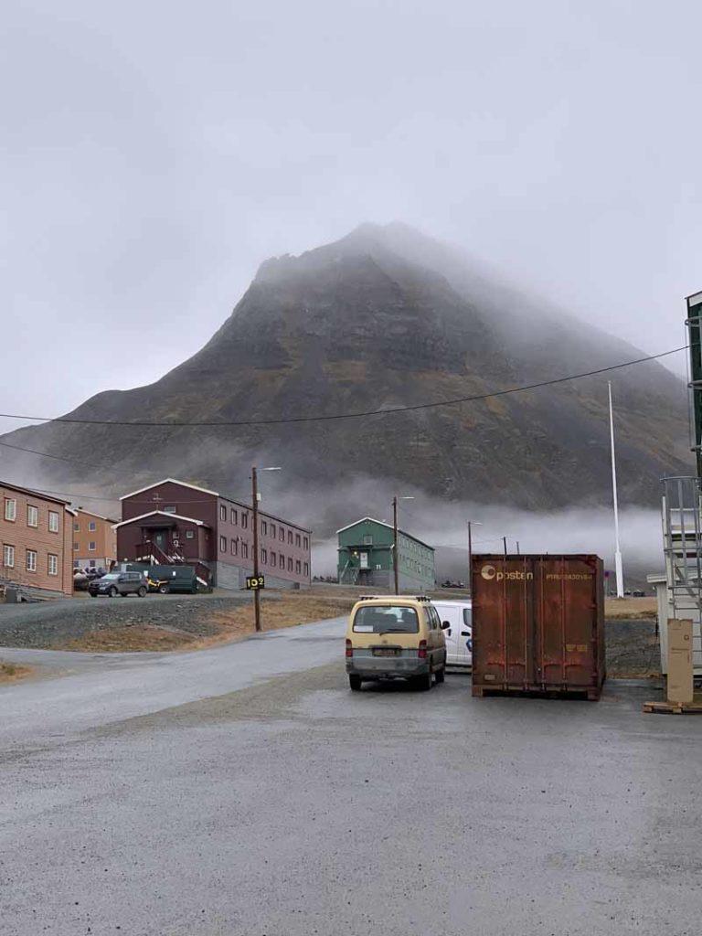Huippuvuoret, Longyearbyen 35