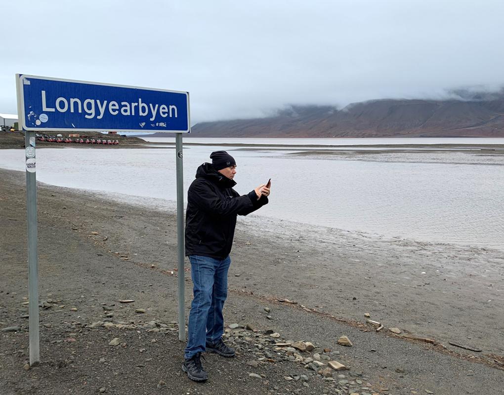 Longyearbyen kyltti sign IlkkaPlaysPokemon