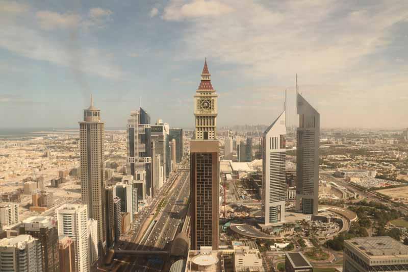 näkymä ikkunasta Gevora Hotel Dubai view