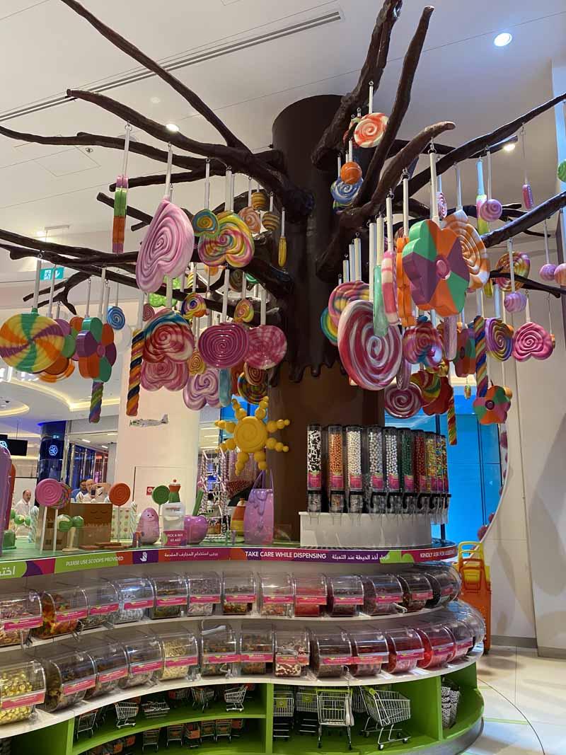 karkkikauppa Dubai Mall candy store