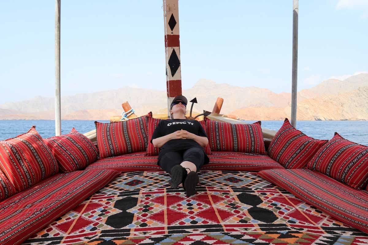 rentoutuminen dhow Oman