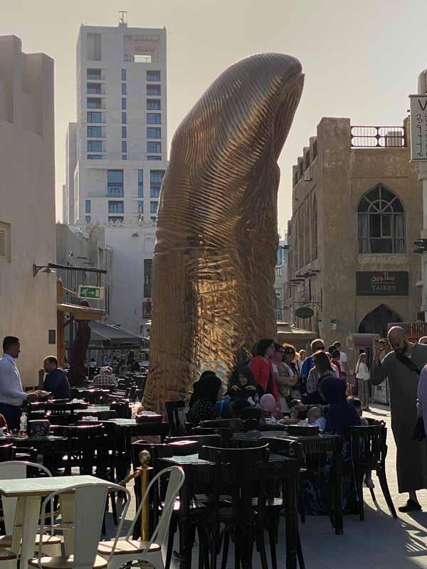 kultainen peukalo golden thumb Souq Waqif Doha Qatar