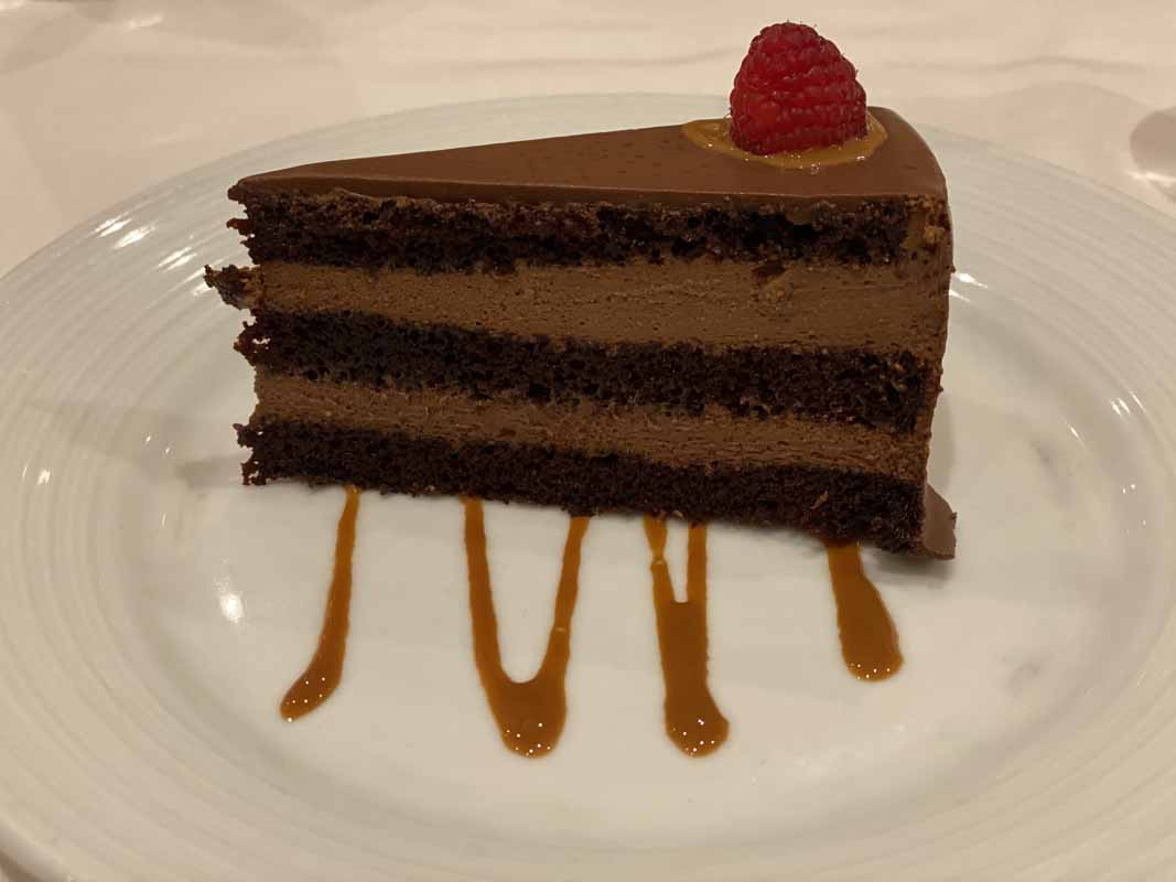 Jewel of the Seas suklaakakku chocolate cake