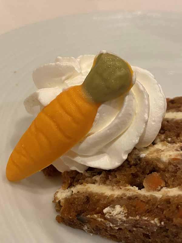 Jewel of the Seas porkkanakakku jälkiruoka dessert carrot cake