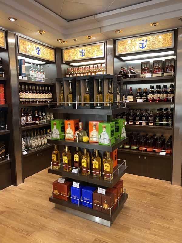 Jewel of the Seas myymälä viinahylly liqueur store