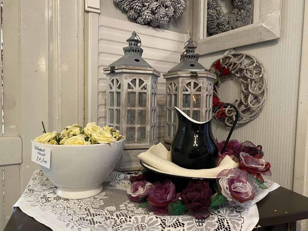 Lintan Kammari ruusut kannu