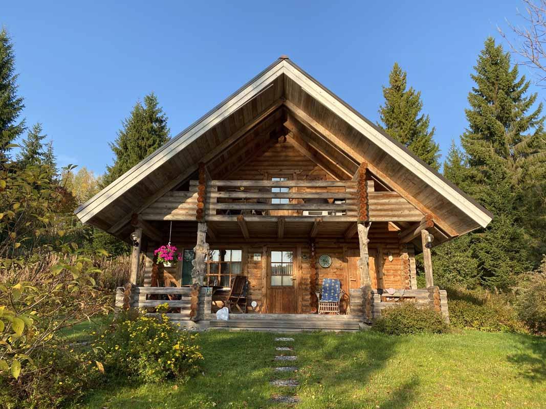 Menninkäinen Cottage