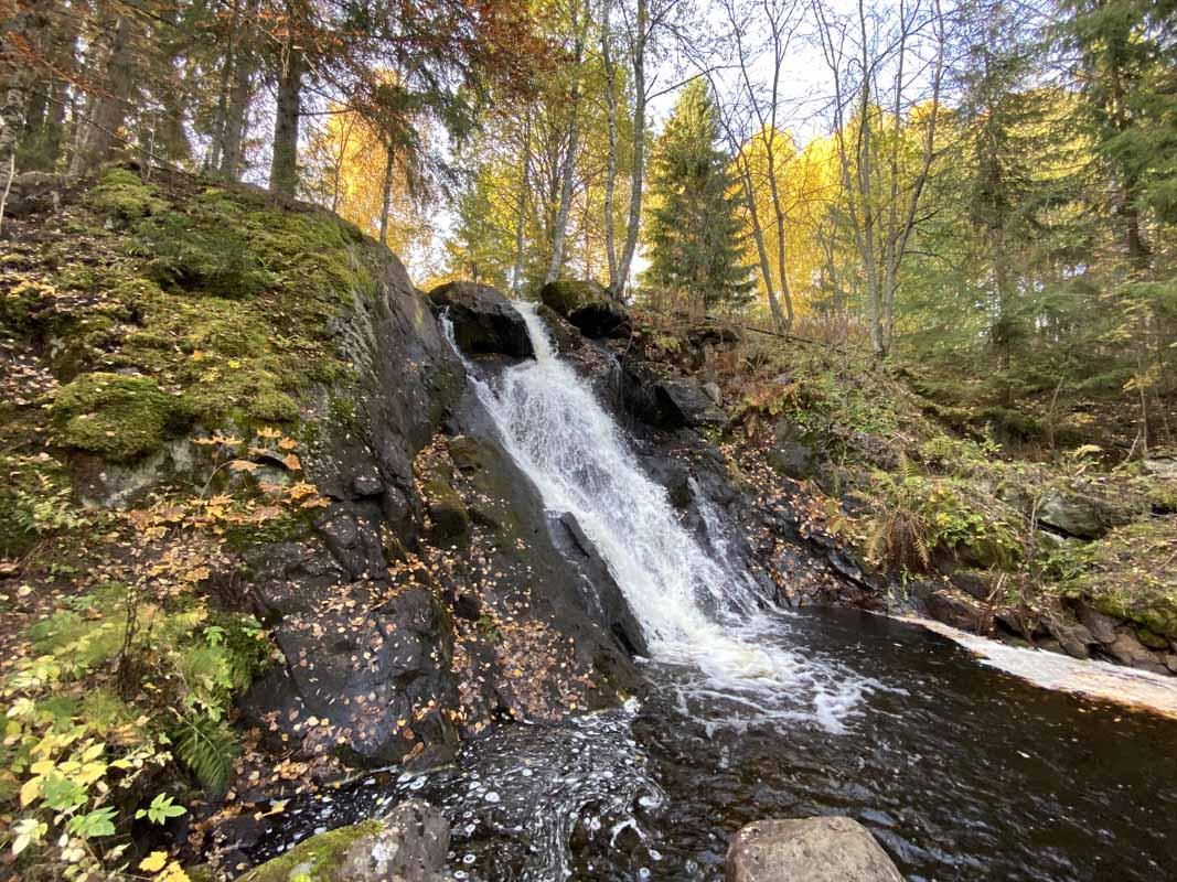 Juveninkosken vesiputous Juveninkoski waterfall Jämsä Finland