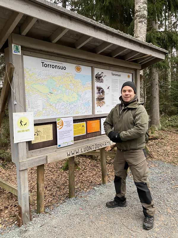 Wilderness Tales Tomi Torronsuo kyltti opaste kartta