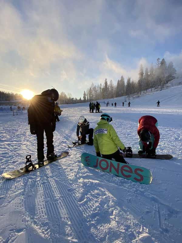 lumilautakoulu Serena Ski lumilauta