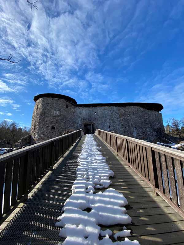 Raaseporin linnan sisäänkäynti ja puusilta