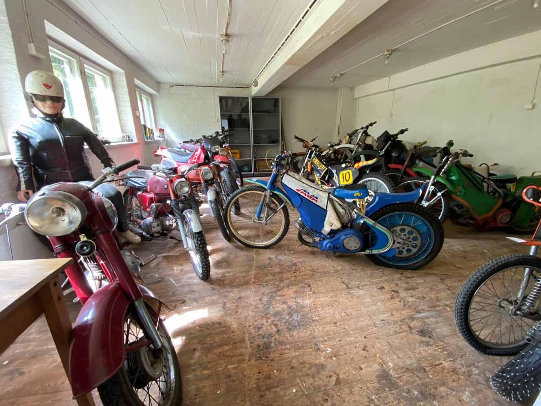 Mopomuseon moottoripyörähuone