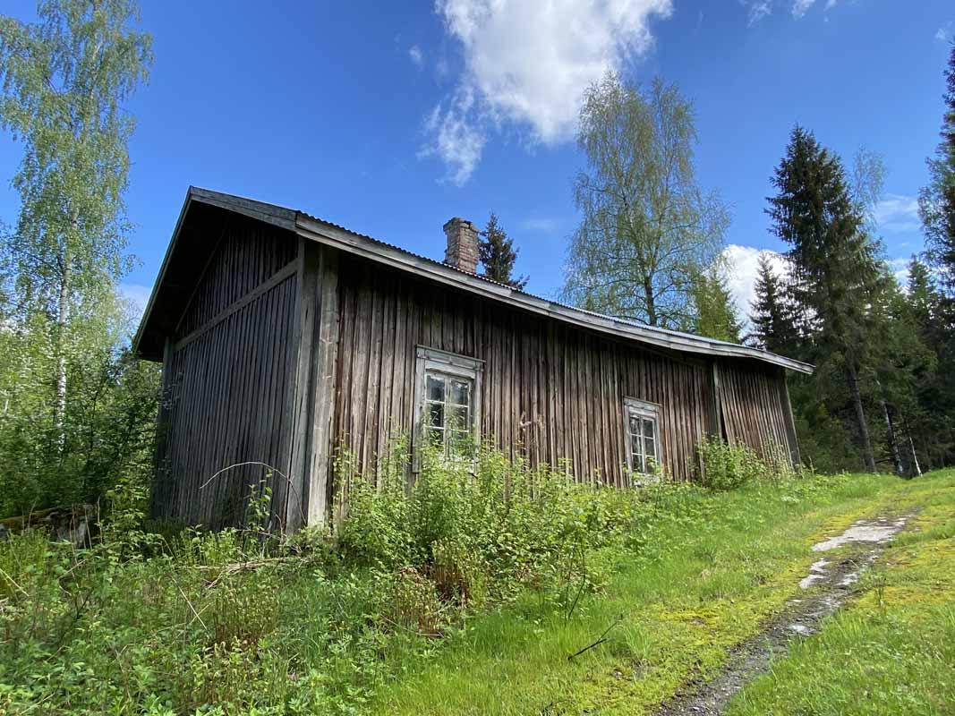 Pitkäjärven talo