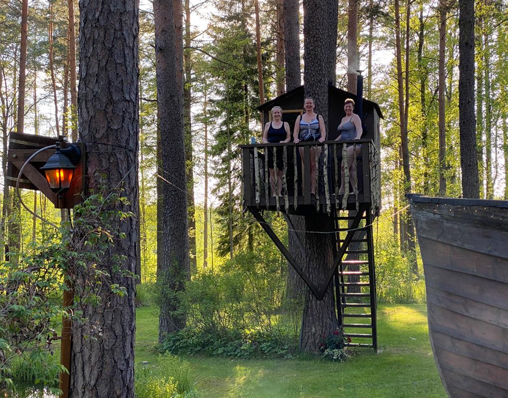 Urpolan Kartanon Viikinkisaunan puumajasauna Humppilassa
