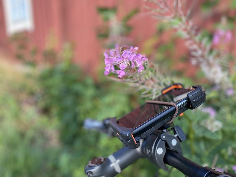 Kännykkäteline polkupyörään