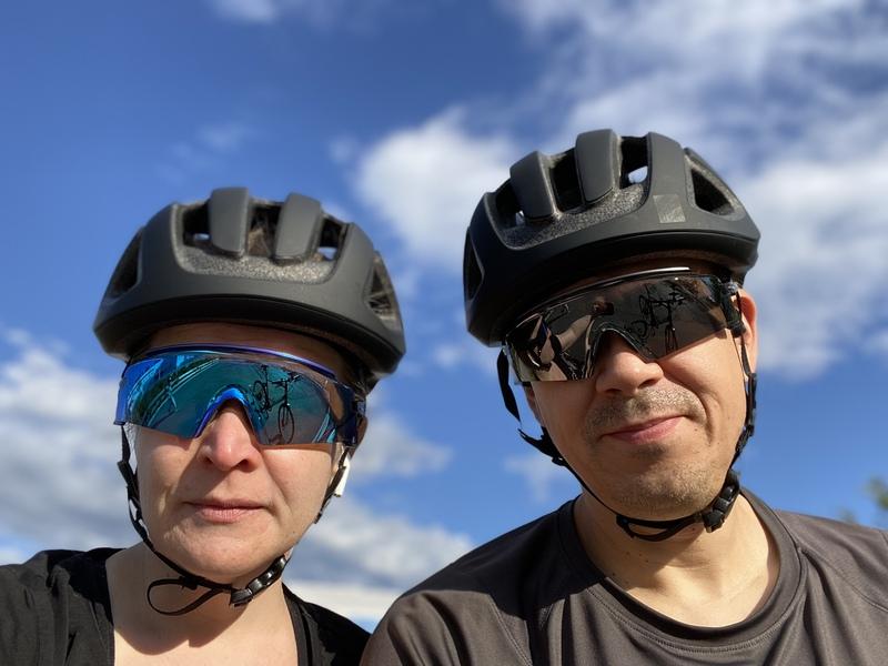 Ne Tammelat ja Oakleyn pyöräilyvarusteet